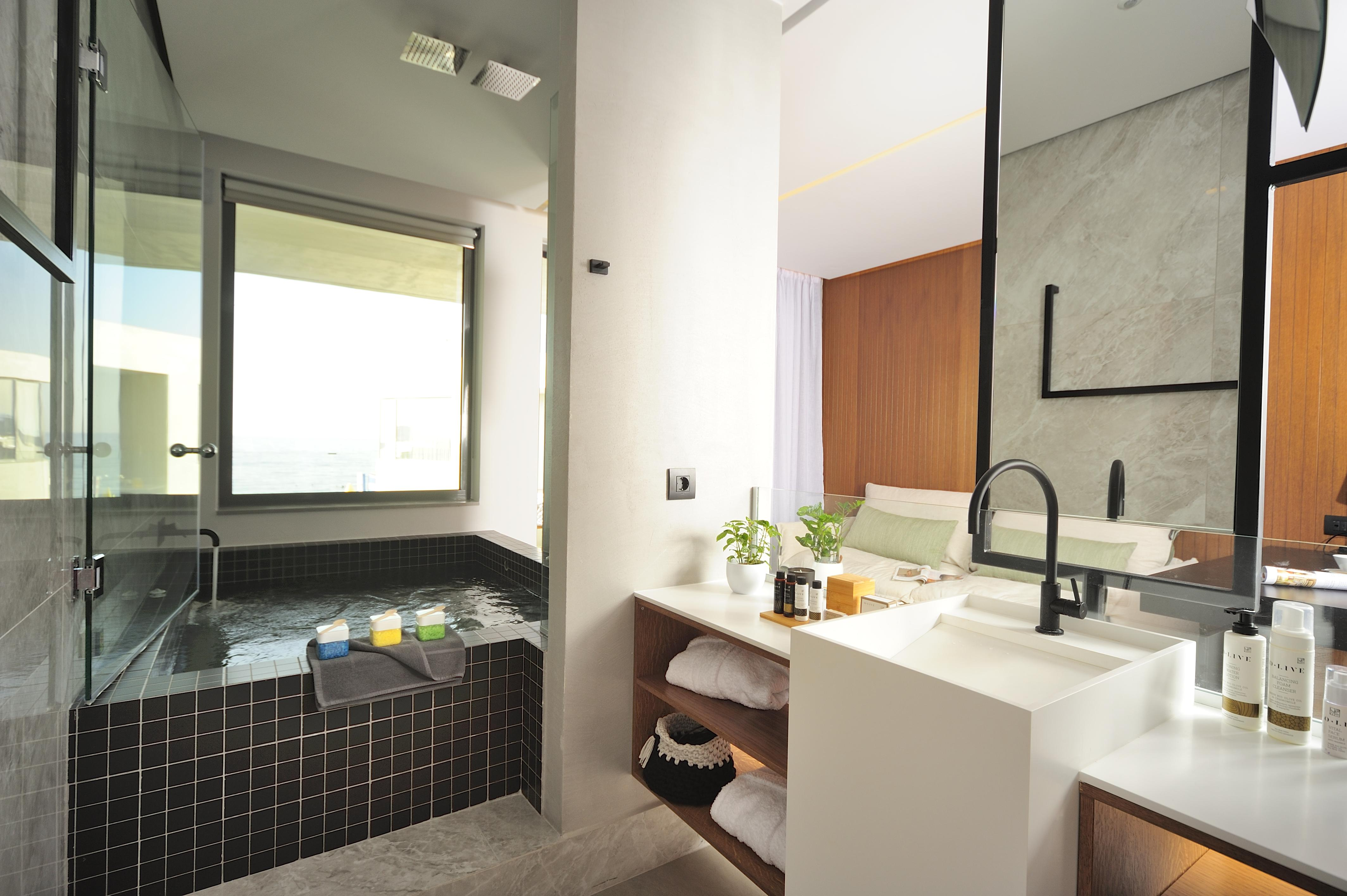 Dyo Suites Luxury Boutique Hotel Rethymno Crete - Selenium Suite